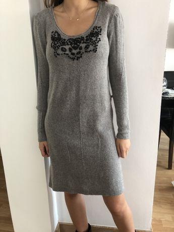 Szara, swetrowa sukienka