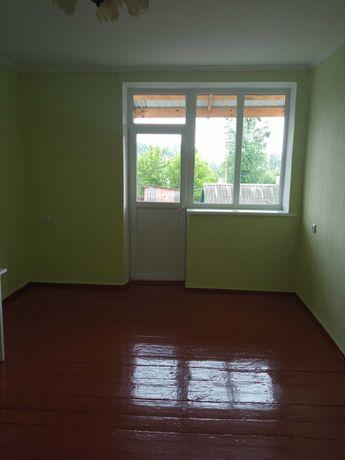 Продам двокімнатну квартиру в Любомлі