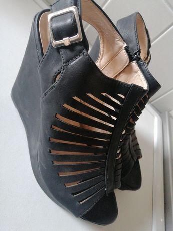 Sandały koturna 39 / 40 25 cm