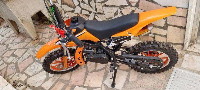 Mini moto de criança