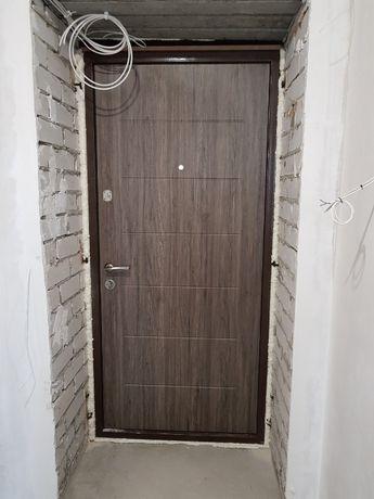 Продам --- 2х комнатную квартиру в новострое