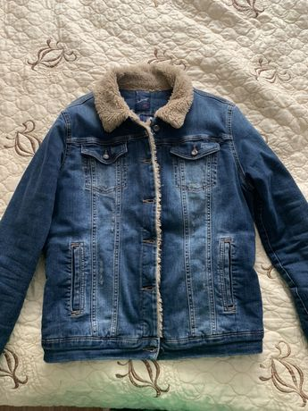 Куртка джинсова. На теплому підкладі .