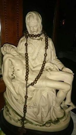 Nossa Sra com Jusus ao colo (Pieta)