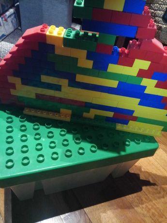 Blocos pata construcao e caixa