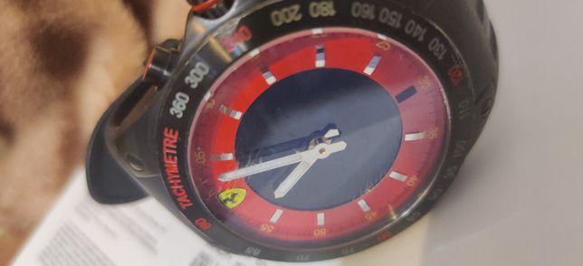 Часы Ferrari на руку