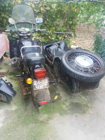 Мотоцикл с коляскою