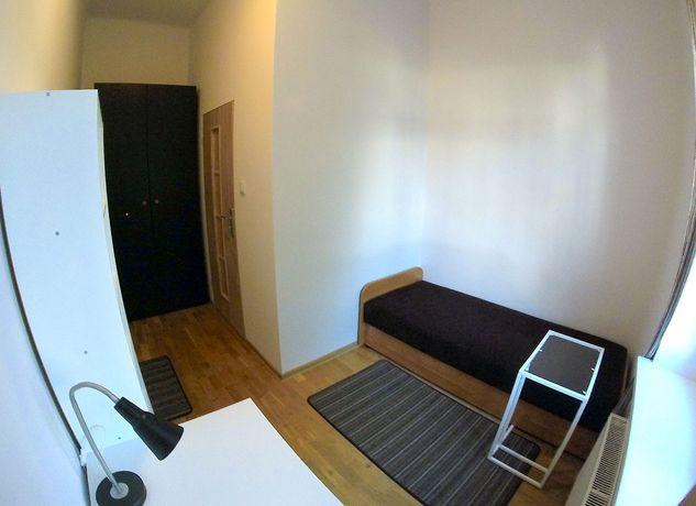 Pokój Jednoosobowy w Centrum | Miechowska/Czarnowiejska | Room 4 Rent