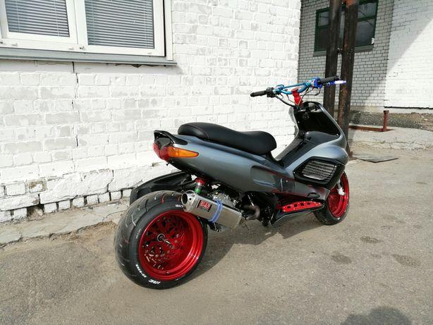 Продам мопед,скутер Gilera runner custom.