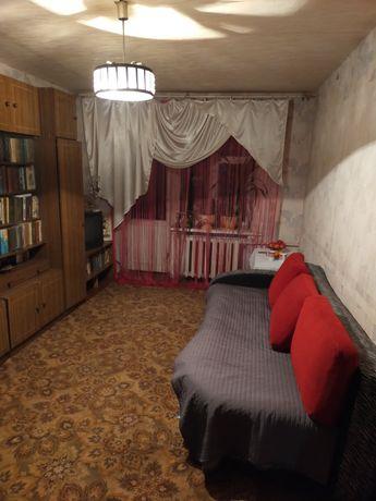 Продам 2 ком. квартиру в центре на бульваре Пушкина.