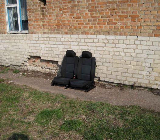 Продам сиденья откидные для нивы ,таврии ,ВАЗ 2108