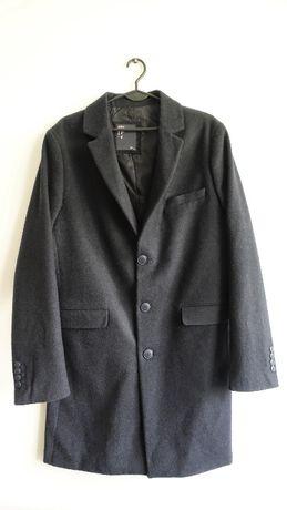 Elegancki męski zimowy płaszcz jak nowy