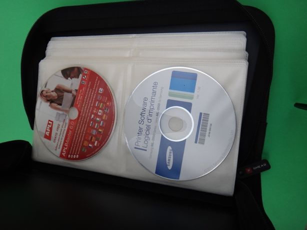 """Mala c/Asa para 112 Cds ou DVD com Fecho Marca """" SMEAD """" - Nova"""