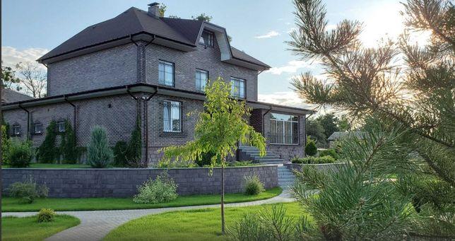 Отличный дом для проживания семьи или офисной деятельности