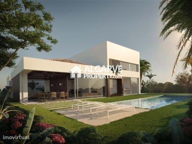 VILAMOURA - Excelente LOTE p/ construção em zona exclusiva junto ao GO