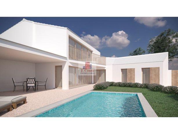 Casa de Campo para recuperar com projeto para Moradia T5 ...