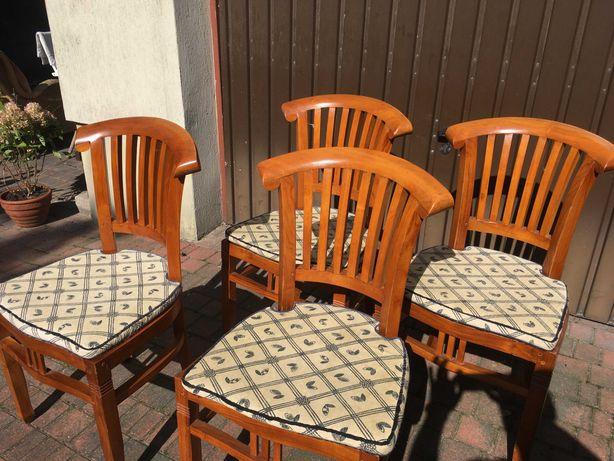 Komplet pięknych krzeseł kolonialnych  6szt. z poduchami.