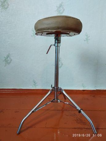 Продам стул від ударної установки.