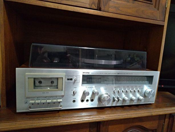 Aparelhagem Rising - Rádio, leitor de discos e cassetes