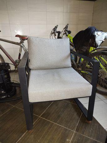 Fotel ogrodowy metalowy