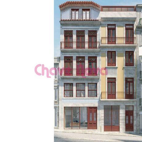 Apartamento T2 para Compra por 452.000 € em Porto, Cedofeita,