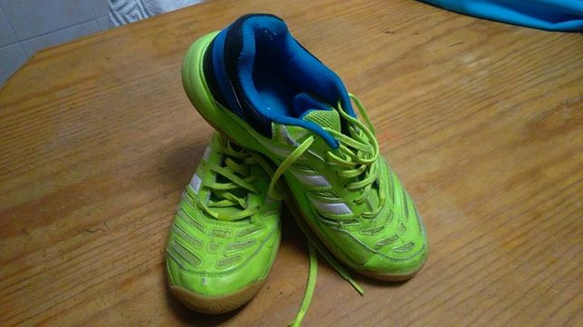 Adidas Court Stabil 10.1 ( Desportos Indoor )