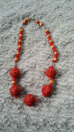 Piękne czerwone korale