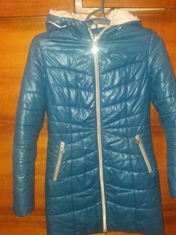 Пальто темно голубого цвета 46раз