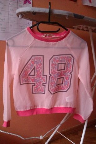Sprzedam bluze dziewczęcą H&M