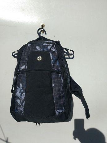 Городской рюкзак Swissgear Wenger оригинал розм 45х35х15 состояние нов