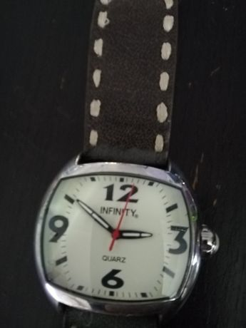 Zegarek infiniti
