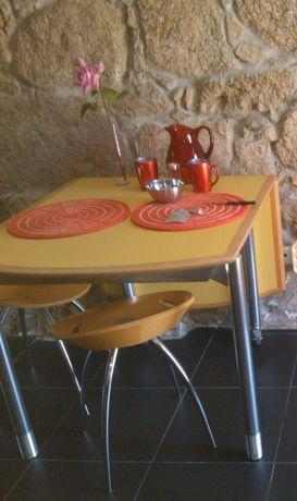 Mesa cozinha; mesa Rolly apoio sofá