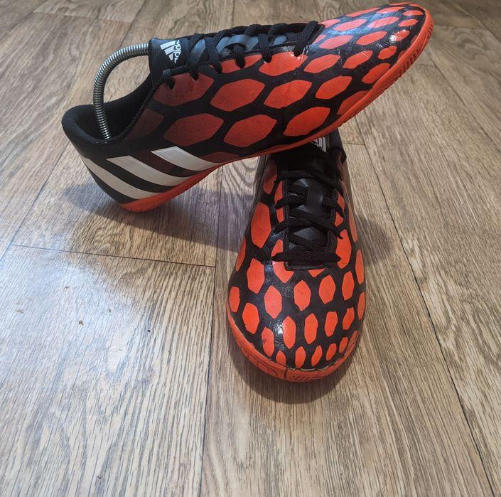 Продам футзалки adidas predito instinct Смела - изображение 1