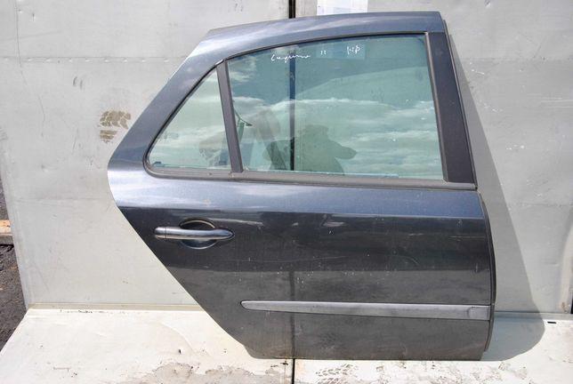 Renault Laguna II HB drzwi prawy tył