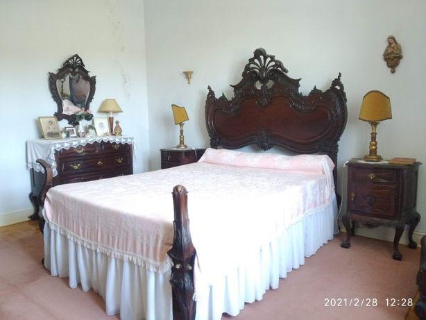 Mobília de Quarto estilo D. João V