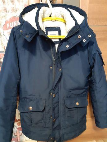 Курточка зимняя для подростка