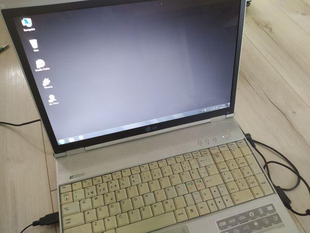 laptop LG LGE50 80GB/1GB RAM