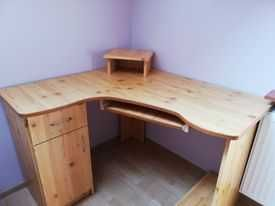 sprzedam biurko narożne + gratis