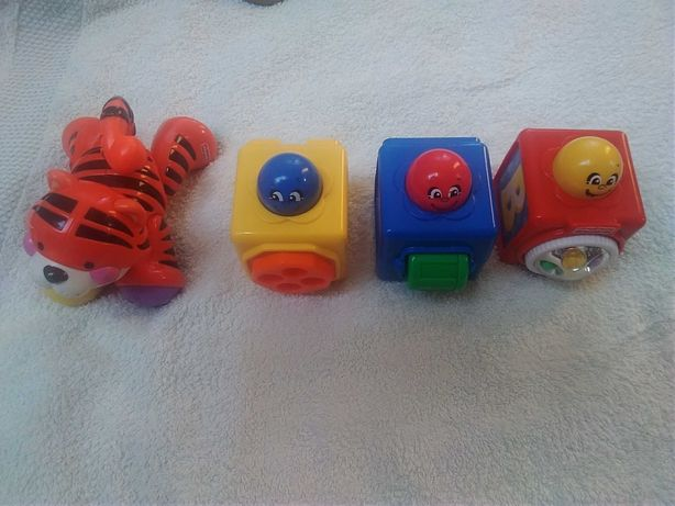 3 kostki interaktywne Fischer Price i tygrys gratis