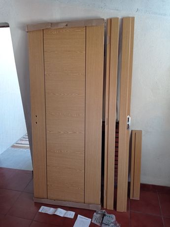 Porta nova 80 cm