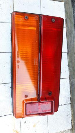 Stara lampa lewy tył Fiat 125p