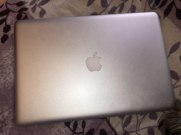 Срочно продаю MacBook Pro 15, 2010 года, 8Gb памяти