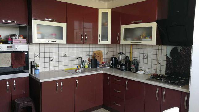 Простора квартира у новобудові на Дем'янчука