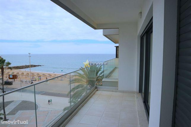 Apartamento T2 novo C/terraço e garagem - Quarteira (Frente ao mar)