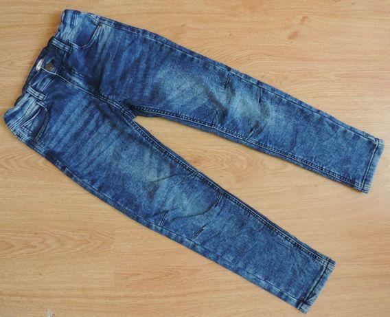 Miękkie spodnie jeans 128
