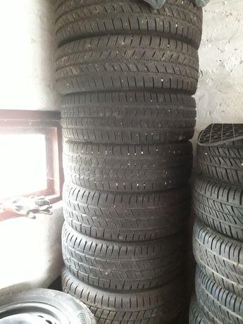 Продам зимові шини з дисками на віваро або трафік215×60R16C/205×65R16C