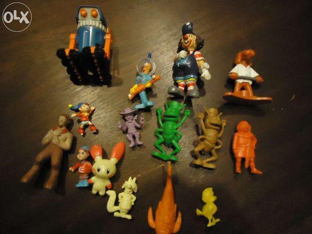 Bonecos PVC antigos de várias colecções, incluindo animais