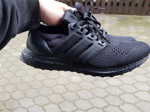 adidas Ultraboost 1.0 44 wymienię na 44.5 triple black og ultra boost