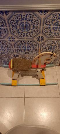 Cavalo de madeira colecção