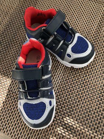 Кроссовки ботинки тапочки 14,2