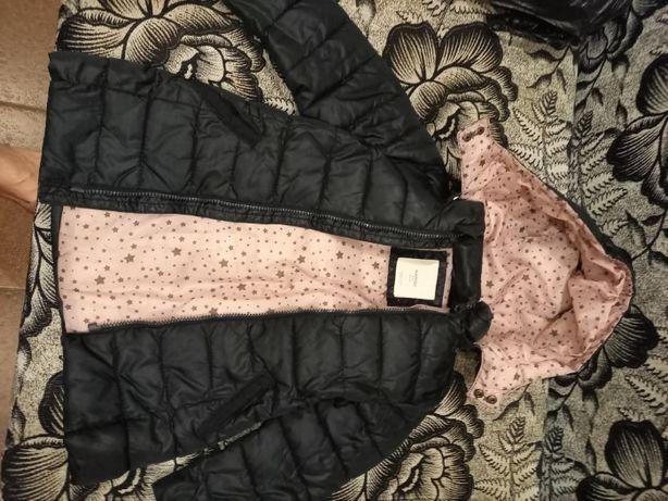 Продам осінь-весна куртку.